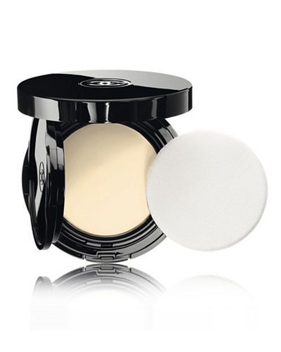 <b>VITALUMIÈRE AQUA</b><br>Fresh And Hydrating Cream Compact Sunscreen Makeup Broad Spectrum SPF 15