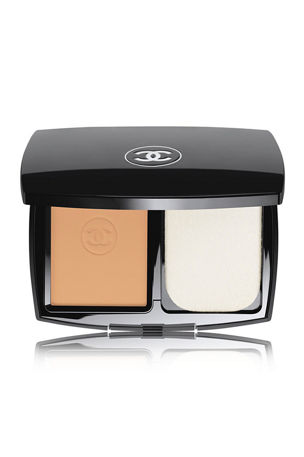 CHANEL LE TEINT ULTRA TENUEUltrawear Flawless Compact Foundation Broad Spectrum SPF 15 Sunscreen