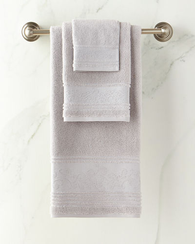 Leila Bath Towel