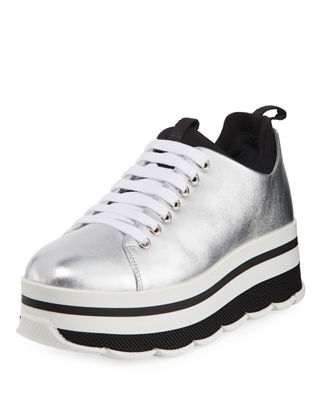 platform low top sneakers - Black Prada