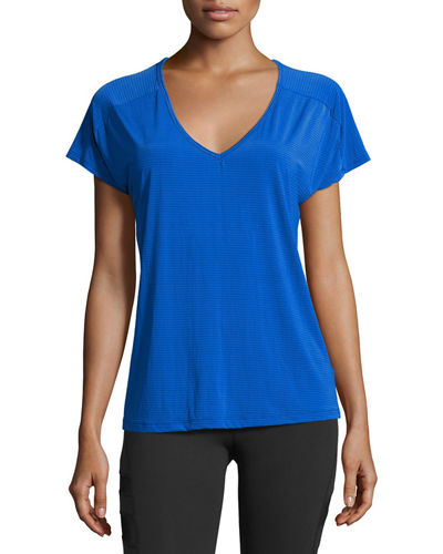 Sleek Stripe Triangle Cutout Athletic Top