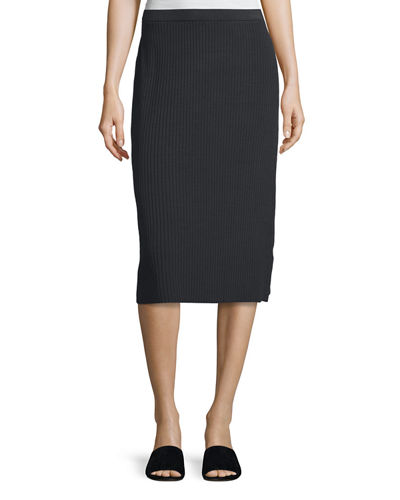 Sleek Ribbed Pencil Skirt