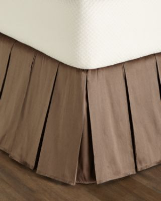 Queen/King Le Plaza Solid-Color Dust Skirt