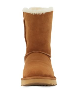 Women'S Classic Ii Genuine Shearling Lined Short Boots, Chestnut Suede