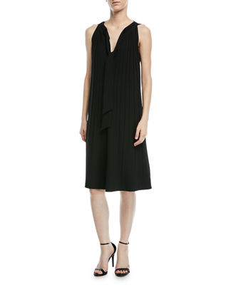 Rylee round-neck lace-insets pleated dress