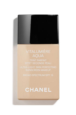 CHANEL VITALUMIÈRE AQUA ULTRA-LIGHT SKIN PERFECTING SUNSCREEN MAKEUP SPF 15