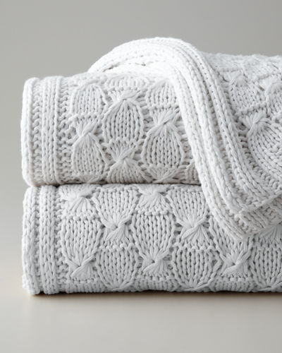 Charlotte Knit Throw