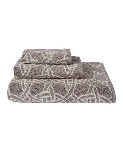 Dynasty Medallion Jacquard Bath Towel