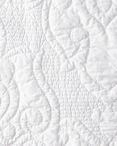 Design Source Oma 3-Piece Queen Skirted Quilt Set