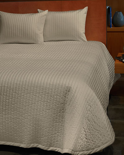 Siena Standard Quilted Coverlet