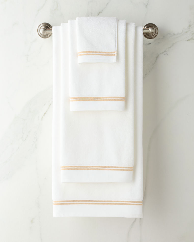 Sferra Resort Bath Towel