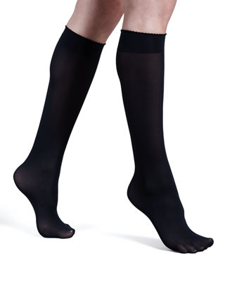 Image 1 of 4: Velvet de Luxe 50 Denier Knee-High Socks