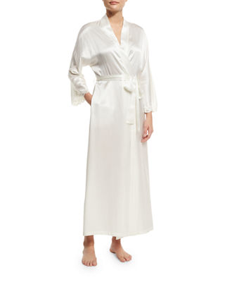 CHRISTINE DESIGNS Bijoux Long Silk Robe in Pearl