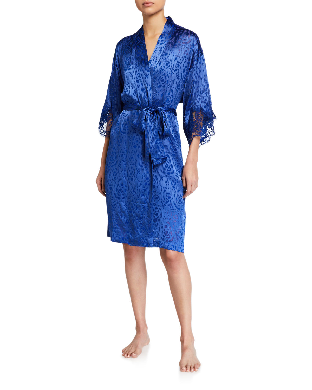 Dressing Solaire Floral Lace Robe