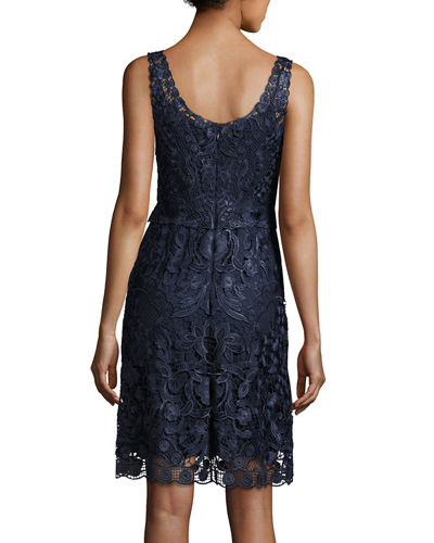 Carrie Sleeveless Embroidered Floral Cocktail Dress