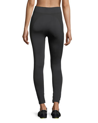 Image 2 of 3: Seamless Cropped 7/8 Performance Leggings