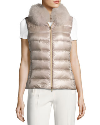Image 5 of 6: Quilted Puffer Vest w/ Fur Collar