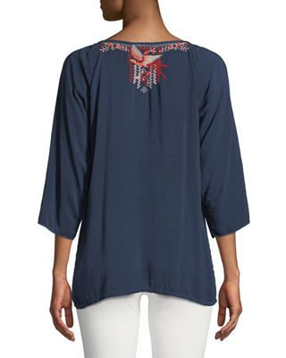 Image 2 of 3: Olivia 3/4-Sleeve Embroidered Blouse