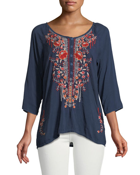 3/4-Sleeve Embroidered Blouse, Plus Size Neiman Marcus