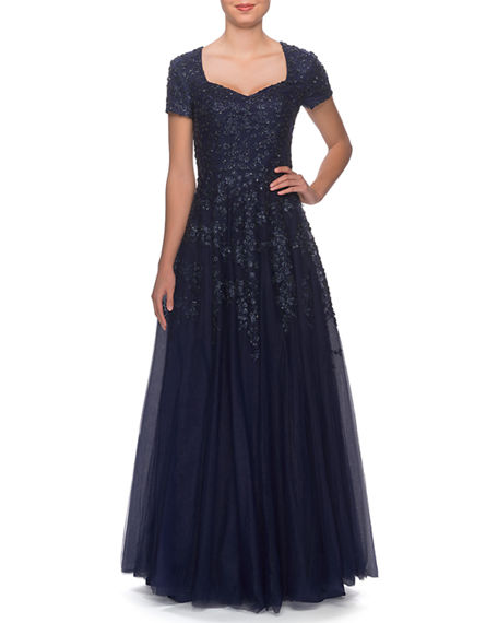 La Femme Sweetheart Tulle Short-Sleeve Gown with Lace Applique