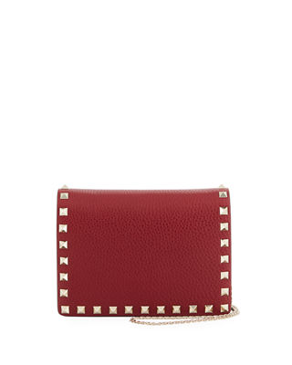 ROCKSTUD VITELLO CHAIN CLUTCH BAG