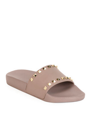 Rockstud Pool Slide Sandals, Poudre