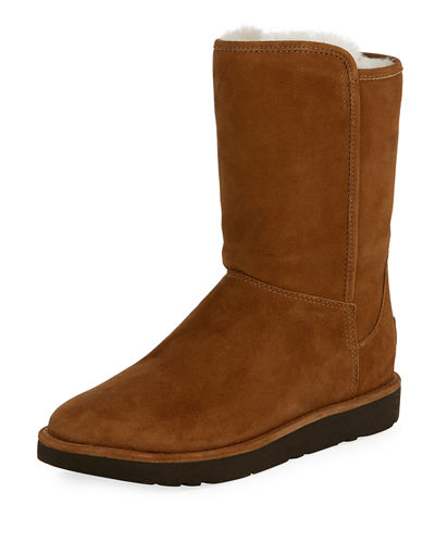 UGG Abree Short II Classic Boot