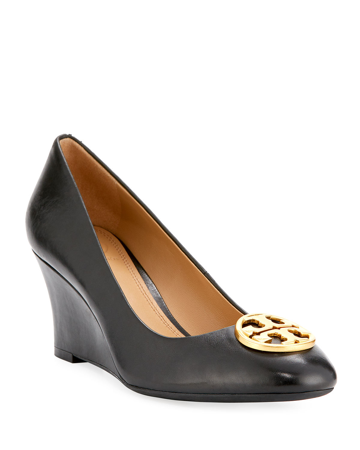1e21173c7 Tory Burch Chelsea Wedge Medallion Pump