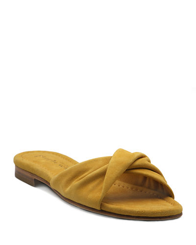 Score Twisted Flat Sandals